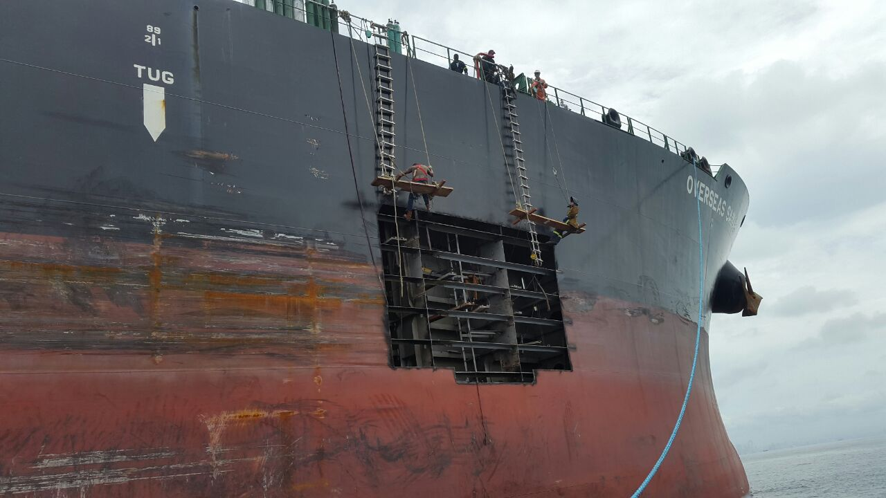 Temporary hull repairs on fuly loaded Panamax tanker