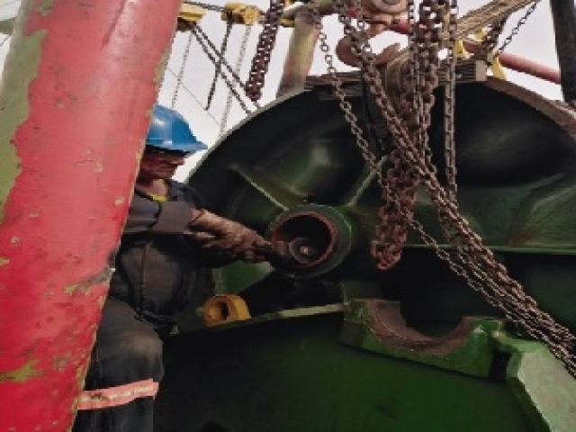 MOORING WINCHES & ANCHOR WINDLASS SERVICES ANYWHERE - ANYTIME